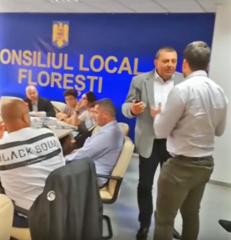 Florești: Primăria și caii fără stăpân VIDEO