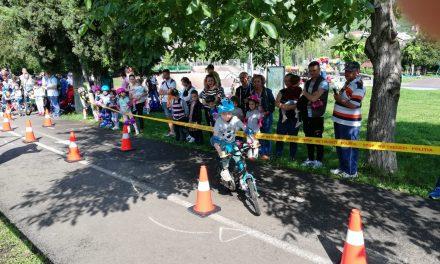 """IPJ Cluj:  ,,DE MIC ÎNVĂȚ SĂ MĂ FERESC DE RELE""""- 100 de copii s-au întrecut într-un concurs de îndemânare FOTO"""
