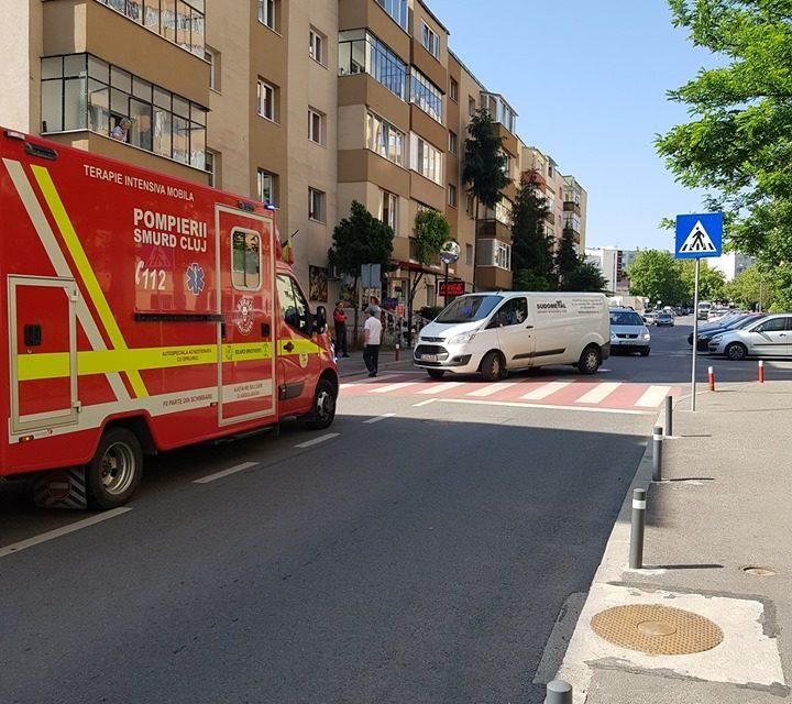 Pieton rănit în timp ce traversa regulamentar strada Mehedinți FOTO