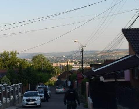 Cluj: Percheziții la persoane bănuite de furturi din locuințe FOTO