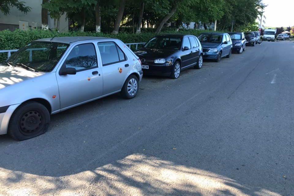 Și-au găsit cauciucurile mașinilor tăiate, în Mănăștur FOTO