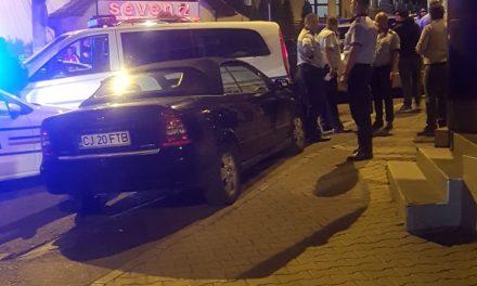 Cluj: Amenințată cu pistolul în trafic. Autorii aveau fețele acoperite cu cagule FOTO