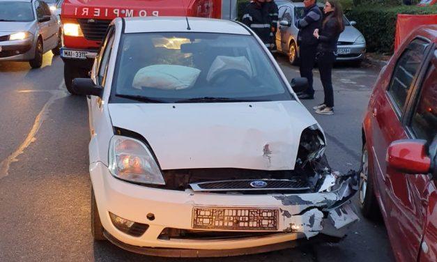 Accident cu 4 mașini pe Dorobanților FOTO