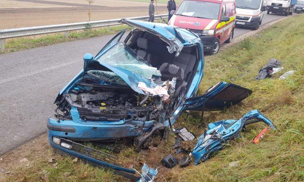 Accident cu un mort și doi răniți FOTO