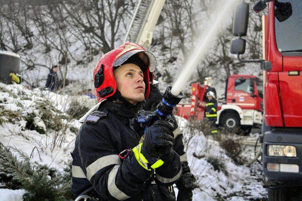 Precizari ale ISU Cluj privind timpul de raspuns pentru a stinge incendiul de pe strada Fagului din Florești