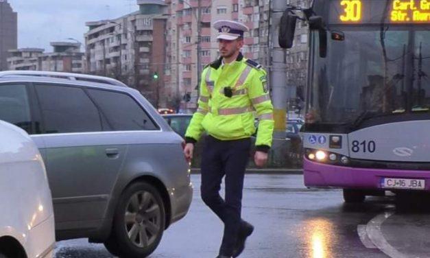 Polițiștii clujeni, dotati cu body cam-uri