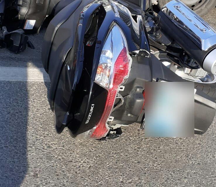 Accident lângă Sala Polivalentă. Un motociclist a ajuns la spital FOTO