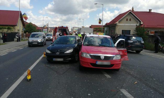Accident în Florești. Patru persoane au ajuns la spital FOTO