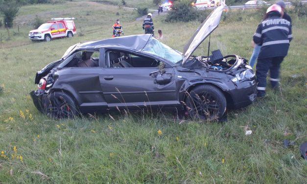 Accident pe varianta Grigorescu-Florești. O mașină s-a răsturnat FOTO