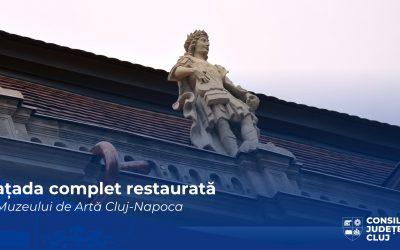 Fațada principală a Muzeului de Artă din Cluj-Napoca, complet restaurată