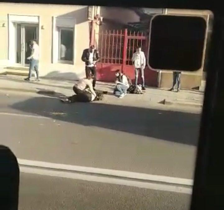 Pieton lovit de un autobuz pe strada Motilor
