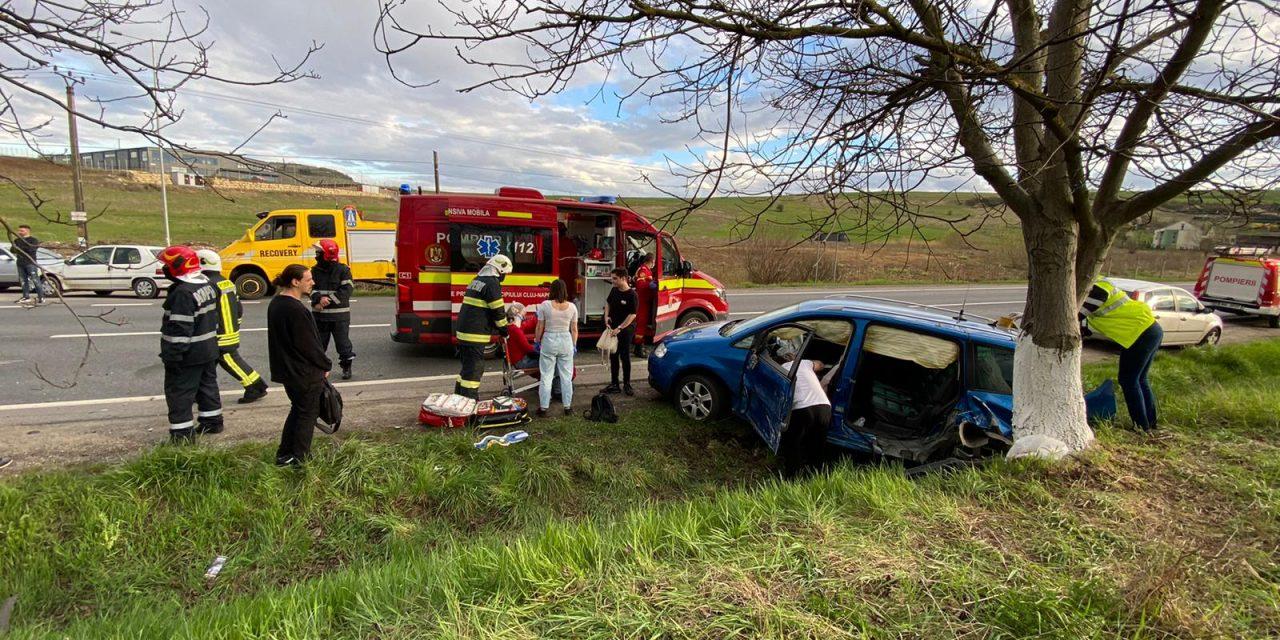 Accident cu două victime la ieșire din Baciu