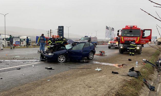 Accident grav la Gilău. O persoană și-a pierdut viața , iar alte două au ajuns în stare gravă la spital FOTO